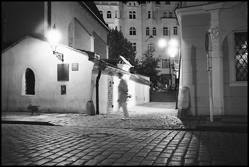 Galerie Photo : 10 jours 9 nuitsÉ (a Prague) : Photos De Prague en Noir et Blanc, Pont Charles, Vieille ville, Chateau, Quartier Juif, Photographies de jour et de nuit, © Vincent LUC